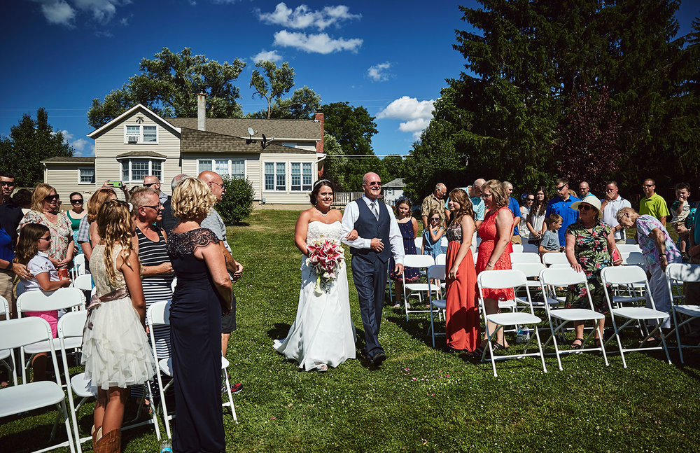 160723_Z&A_BackYardWeddingNY_By_BriJohnsonWeddings_0038.jpg