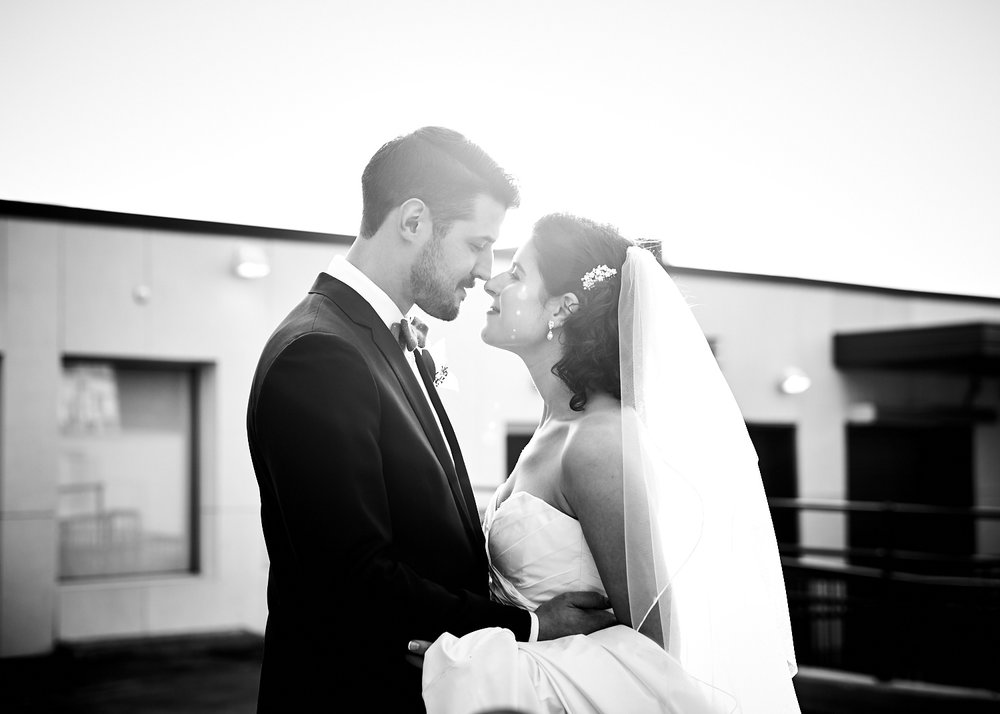 161029_TheLoadingDockWedding_CT_WeddingPhotography_By_BriJohnsonWeddings0016.jpg