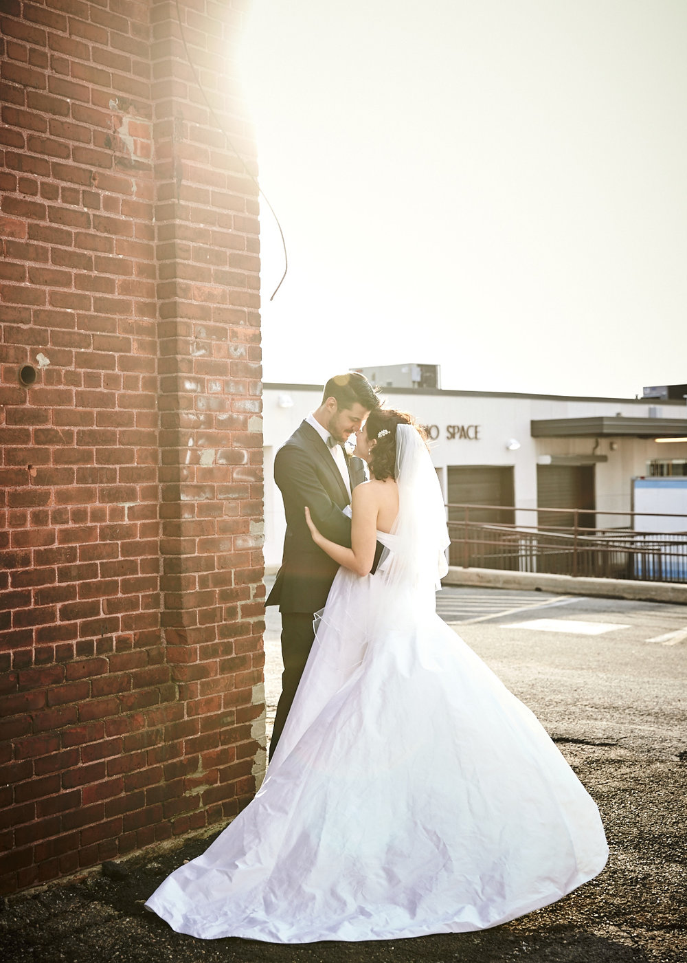 161029_TheLoadingDockWedding_CT_WeddingPhotography_By_BriJohnsonWeddings0017.jpg