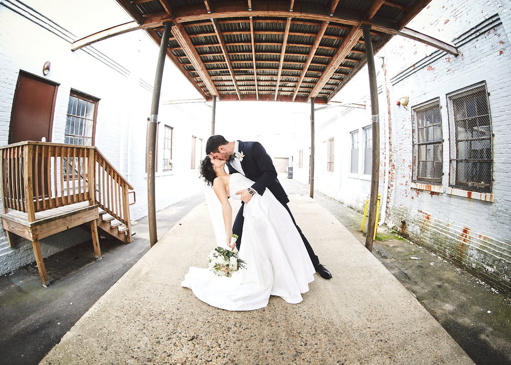 161029_TheLoadingDockWedding_CT_WeddingPhotography_By_BriJohnsonWeddings0020.jpg