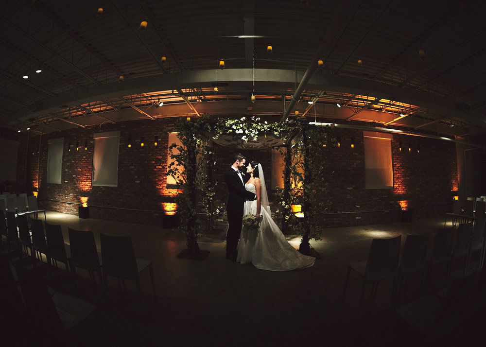 161029_TheLoadingDockWedding_CT_WeddingPhotography_By_BriJohnsonWeddings0047.jpg