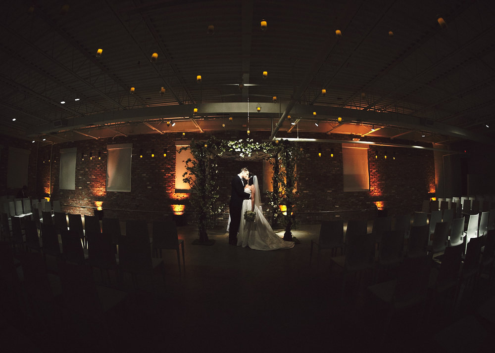 161029_TheLoadingDockWedding_CT_WeddingPhotography_By_BriJohnsonWeddings0048.jpg