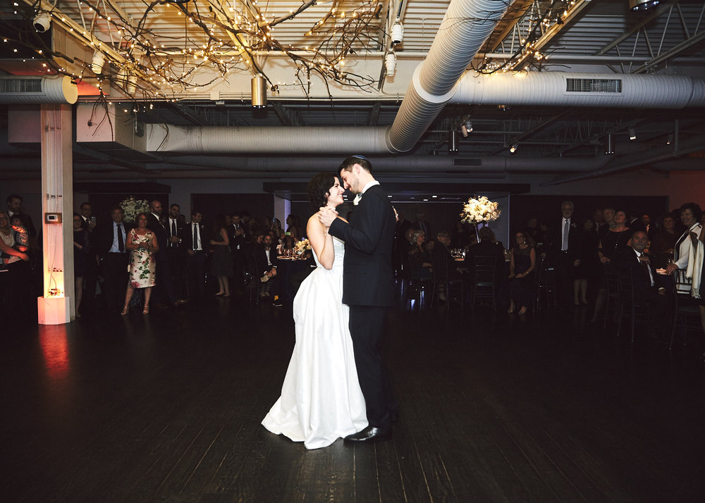 161029_TheLoadingDockWedding_CT_WeddingPhotography_By_BriJohnsonWeddings0055.jpg