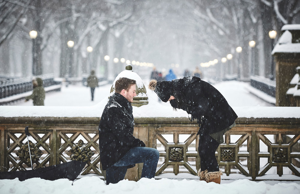 161217_SurpriseNYCProposal_CentralParkProposal_By_BriJohnsonWeddings_0027.jpg