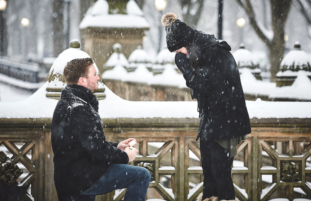 161217_SurpriseNYCProposal_CentralParkProposal_By_BriJohnsonWeddings_0028.jpg