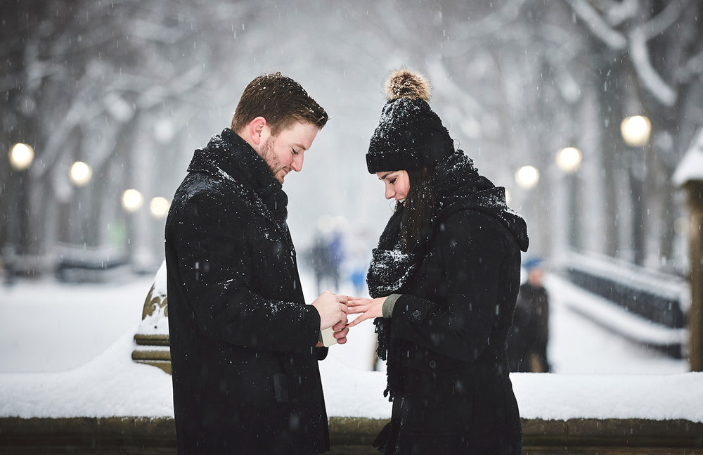 161217_SurpriseNYCProposal_CentralParkProposal_By_BriJohnsonWeddings_0032.jpg