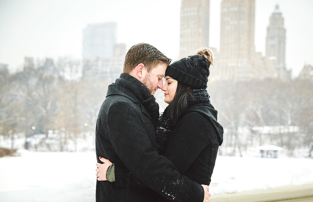 161217_SurpriseNYCProposal_CentralParkProposal_By_BriJohnsonWeddings_0043.jpg