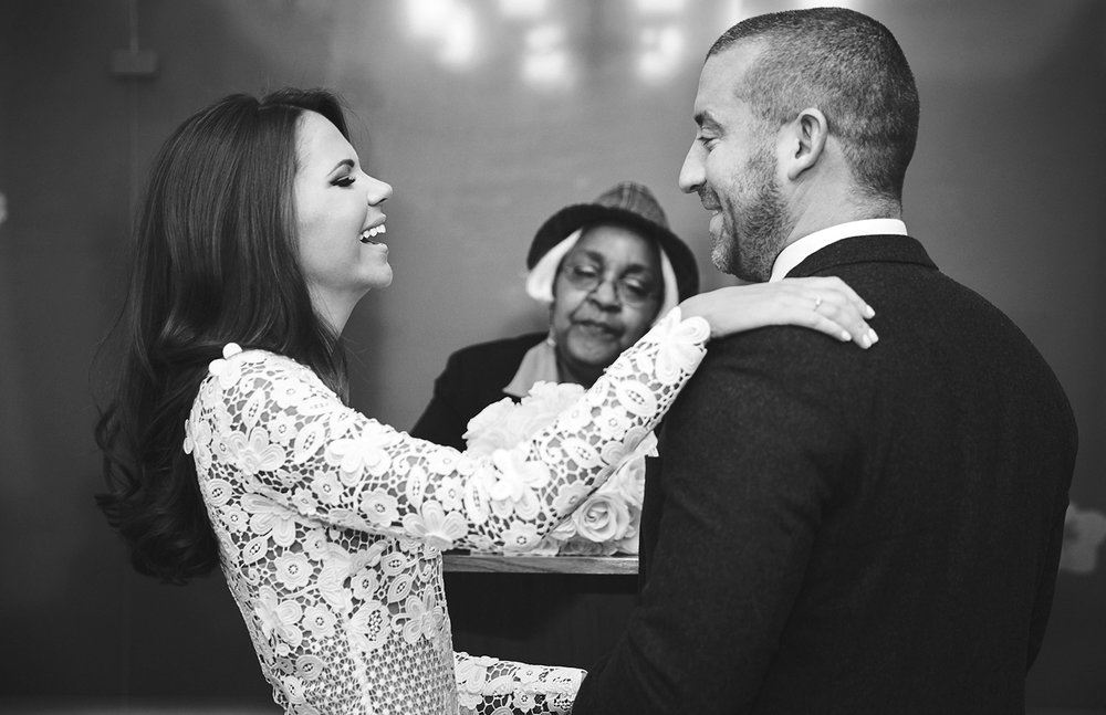 161229_NYCElopemenlPhotographer_CityHallWedding_By_BriJohnsonWeddings_0017.jpg