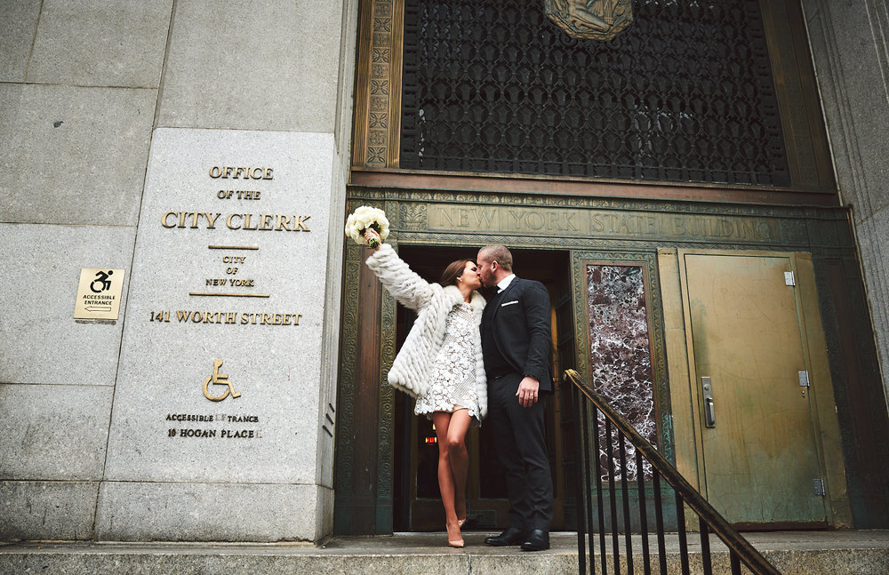 161229_NYCElopemenlPhotographer_CityHallWedding_By_BriJohnsonWeddings_0029.jpg