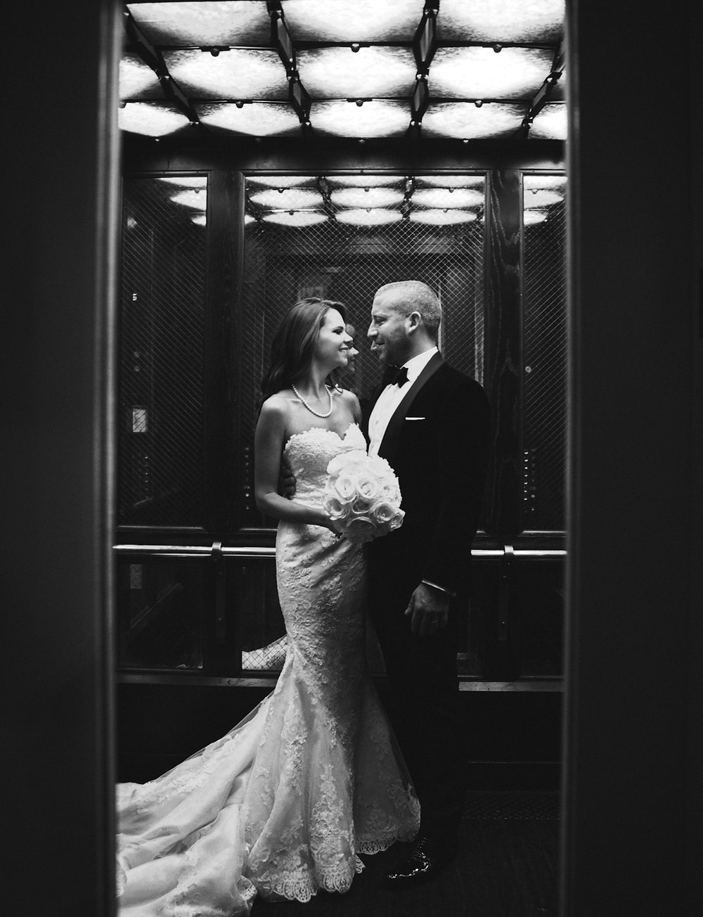 161229_NYCWeddingPhotographer_TheRiverCafeWedding_By_BriJohnsonWeddings_0005.jpg