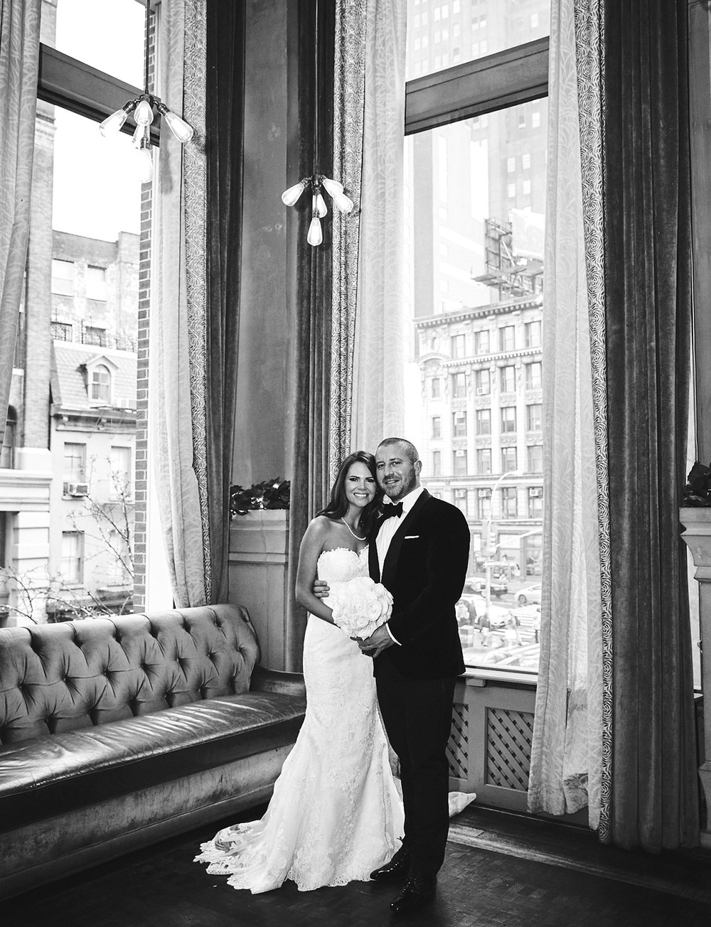 161229_NYCWeddingPhotographer_TheRiverCafeWedding_By_BriJohnsonWeddings_0006.jpg