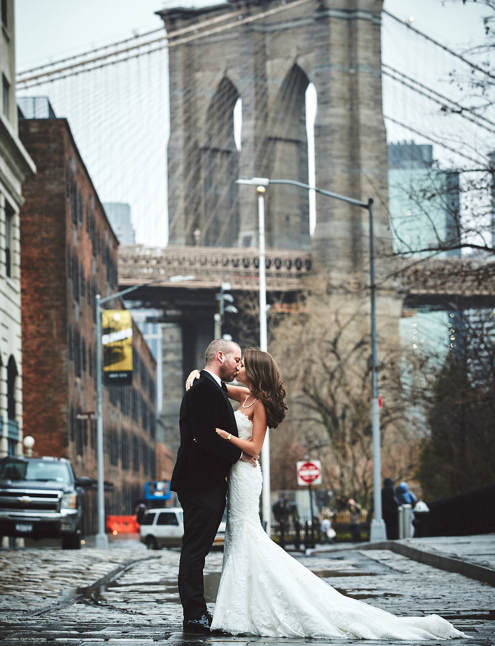 161229_NYCWeddingPhotographer_TheRiverCafeWedding_By_BriJohnsonWeddings_0008.jpg