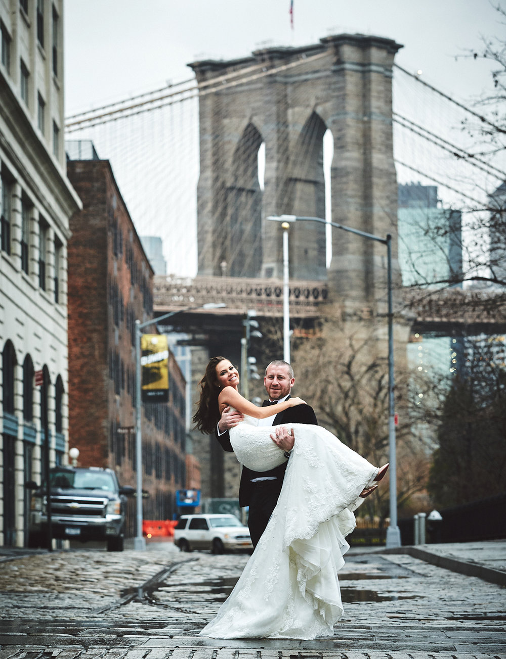 161229_NYCWeddingPhotographer_TheRiverCafeWedding_By_BriJohnsonWeddings_0010.jpg