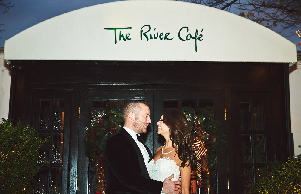 161229_NYCWeddingPhotographer_TheRiverCafeWedding_By_BriJohnsonWeddings_0024.jpg