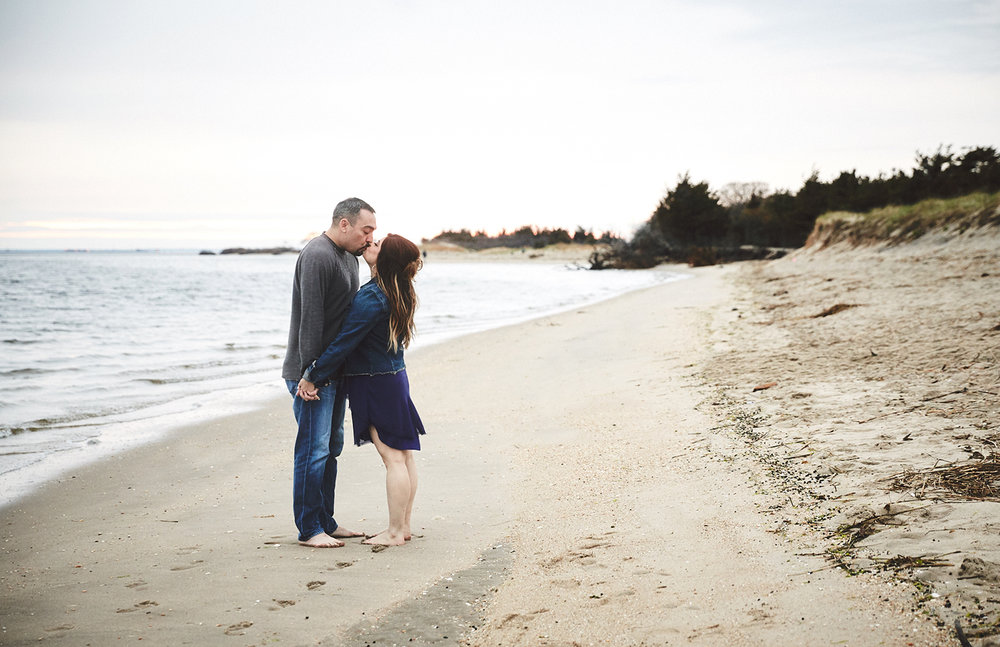 170422_EngagementPhotography_SandyHookNJ_By_BriJohnsonWeddings_0013.jpg