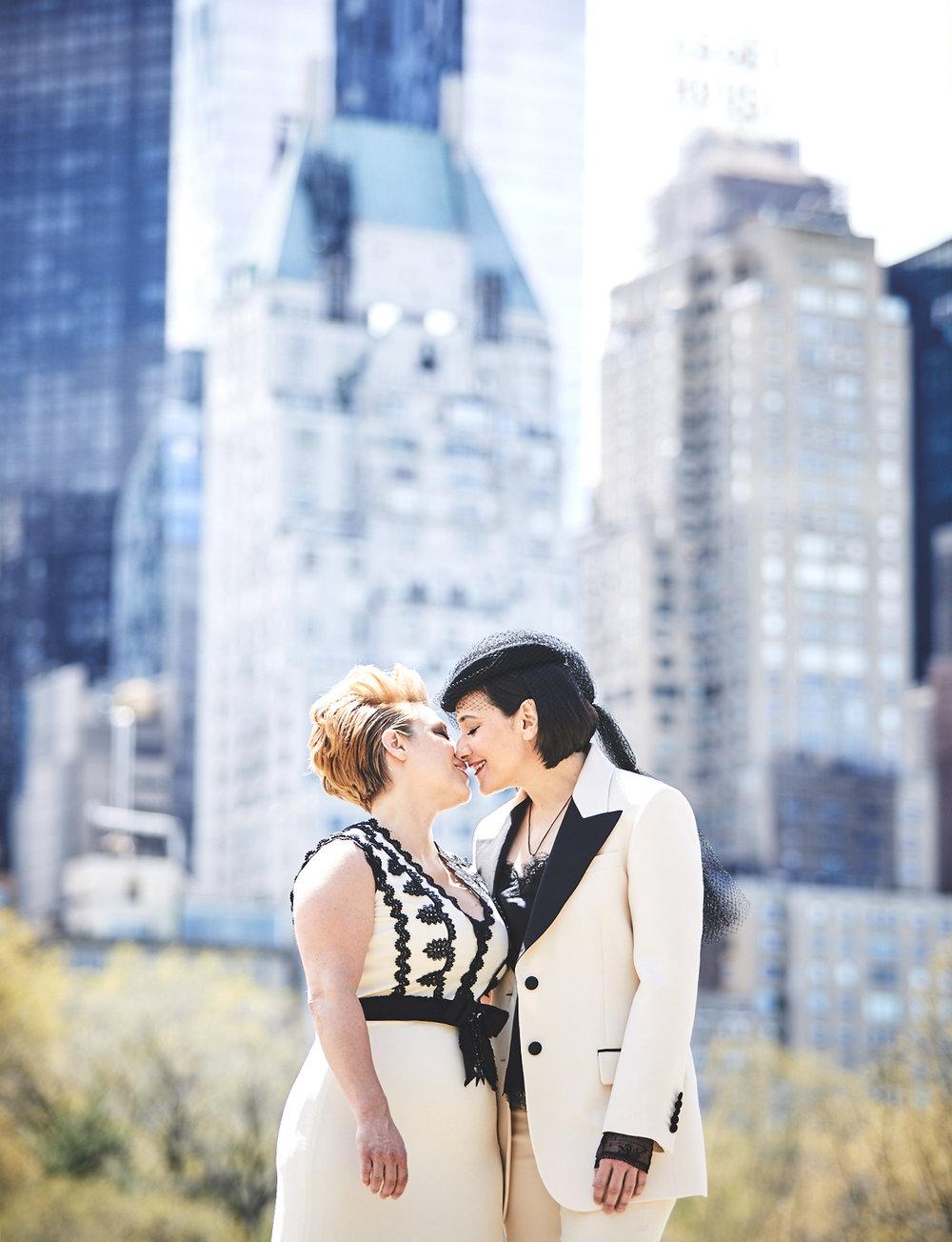 170423-SameSexWedding-GayWedding-LesbianWedding-CentralParkWedding-TheDanielWeddingPhotography_By_BriJohnsonWeddings_0038.jpg