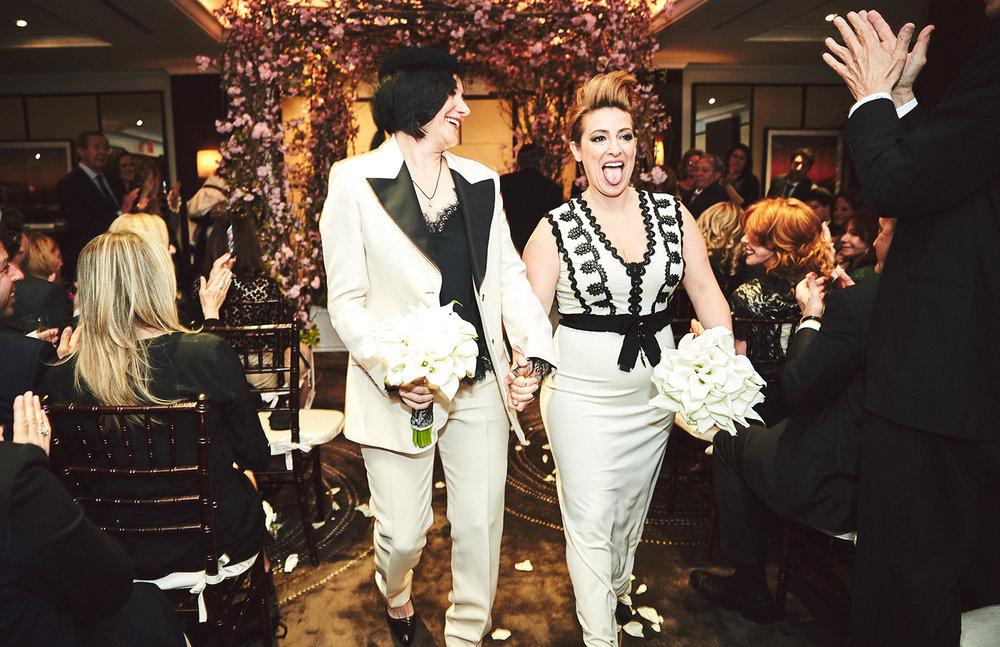 170423-SameSexWedding-GayWedding-LesbianWedding-CentralParkWedding-TheDanielWeddingPhotography_By_BriJohnsonWeddings_0082.jpg