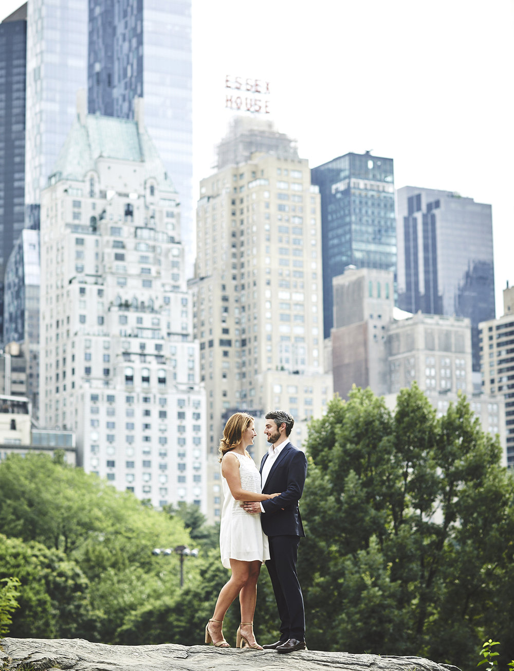 170720_EngagementPhotography_CentralPark_By_BriJohnsonWeddings_0012.jpg