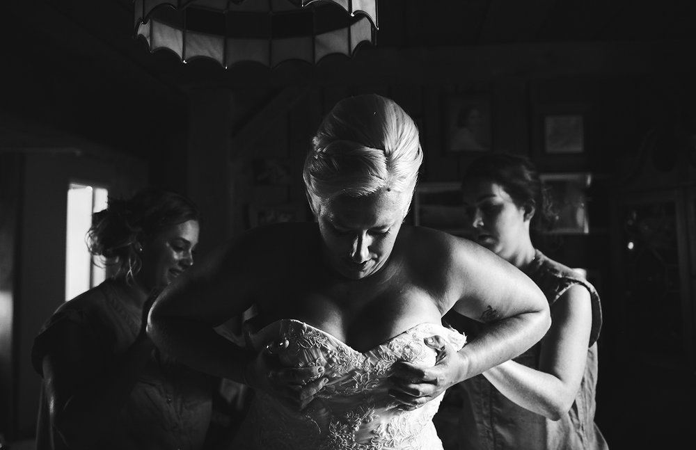 170722_Pennsylvania_RusticBackyardWedding_By_BriJohnsonWeddings_0020.jpg