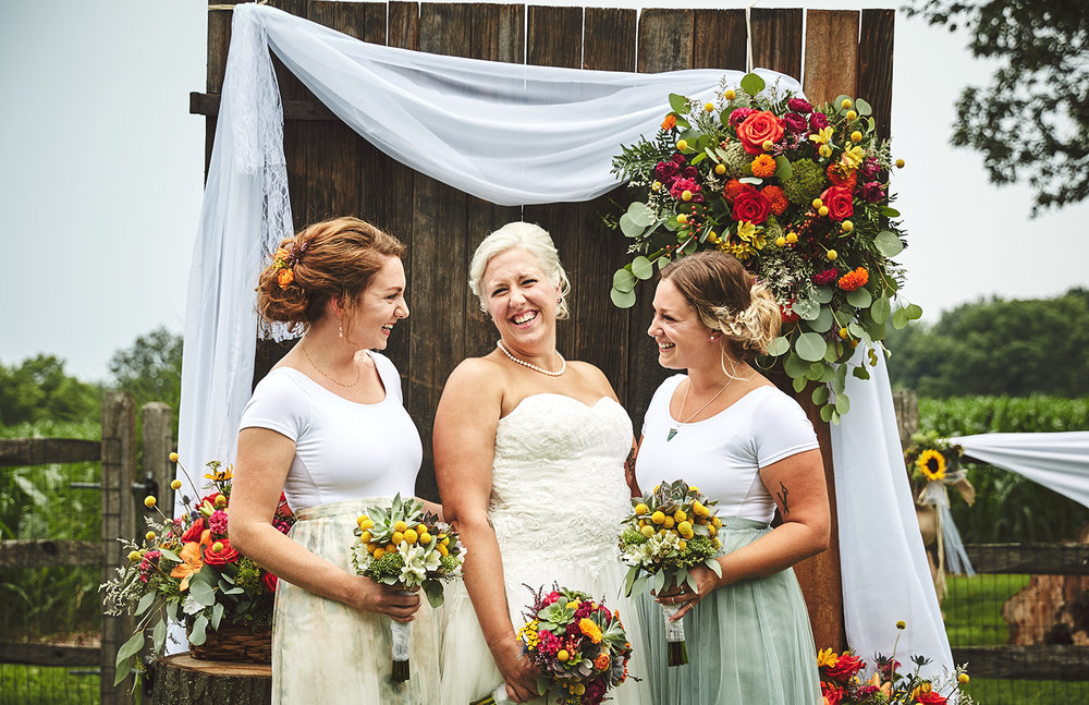 170722_Pennsylvania_RusticBackyardWedding_By_BriJohnsonWeddings_0032.jpg