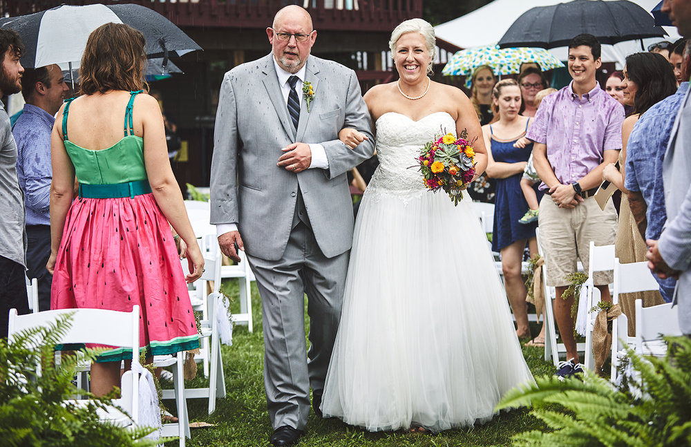 170722_Pennsylvania_RusticBackyardWedding_By_BriJohnsonWeddings_0045.jpg