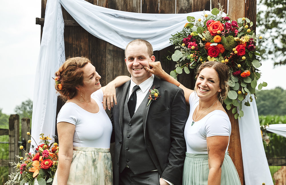 170722_Pennsylvania_RusticBackyardWedding_By_BriJohnsonWeddings_0060.jpg