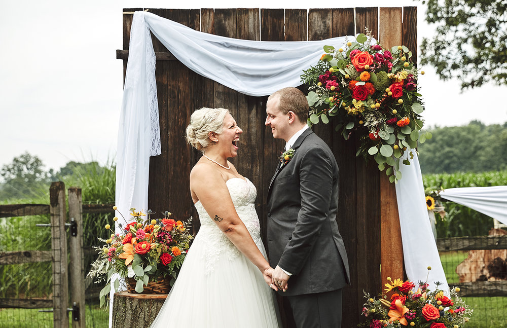 170722_Pennsylvania_RusticBackyardWedding_By_BriJohnsonWeddings_0062.jpg