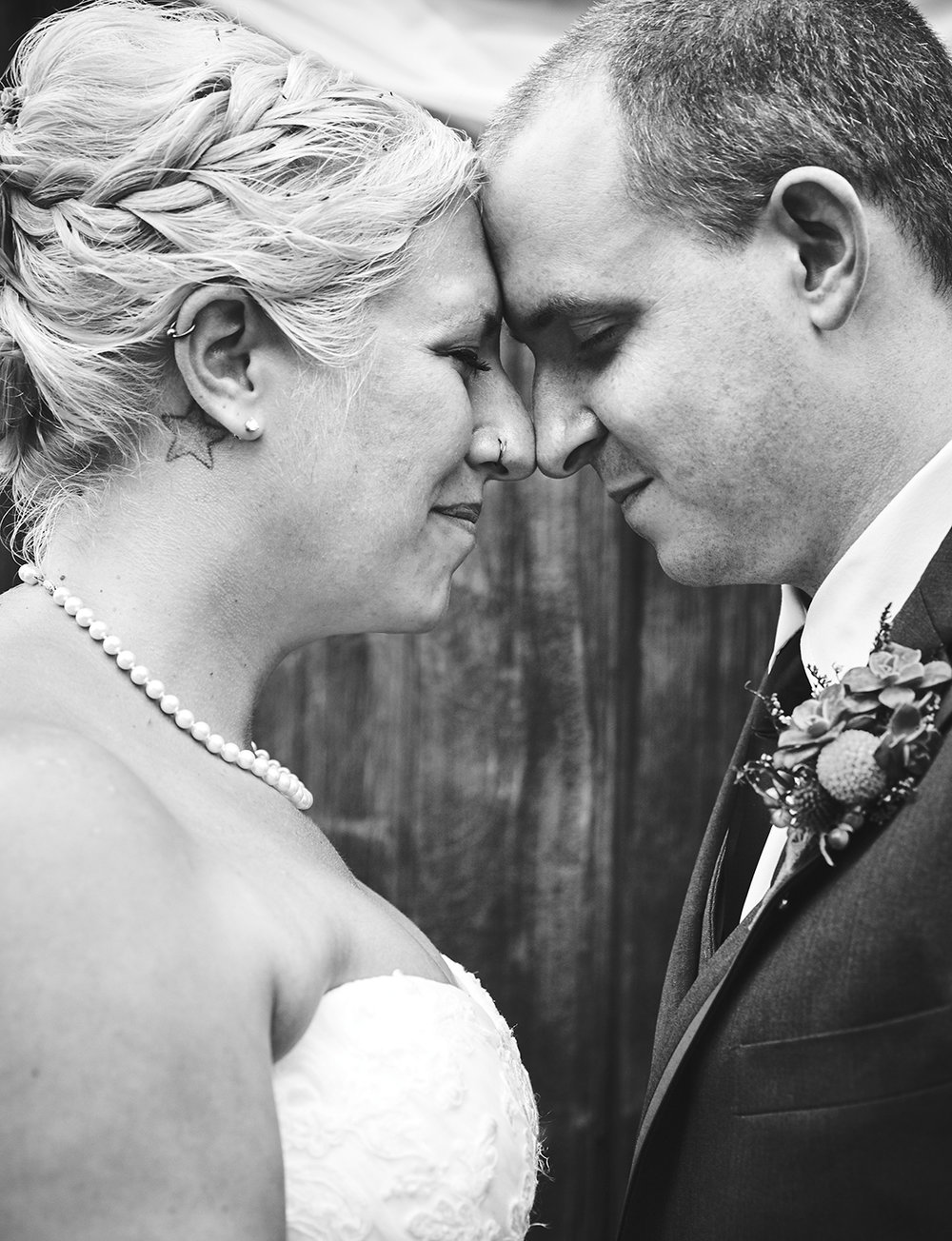 170722_Pennsylvania_RusticBackyardWedding_By_BriJohnsonWeddings_0064.jpg