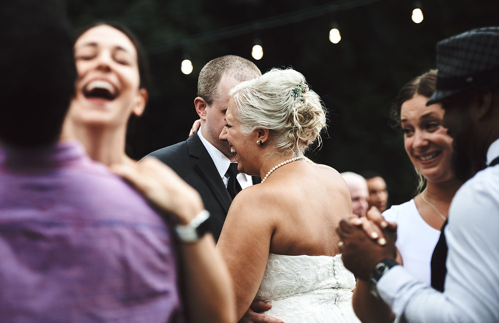 170722_Pennsylvania_RusticBackyardWedding_By_BriJohnsonWeddings_0075.jpg