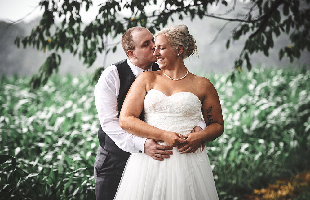 170722_Pennsylvania_RusticBackyardWedding_By_BriJohnsonWeddings_0079.jpg