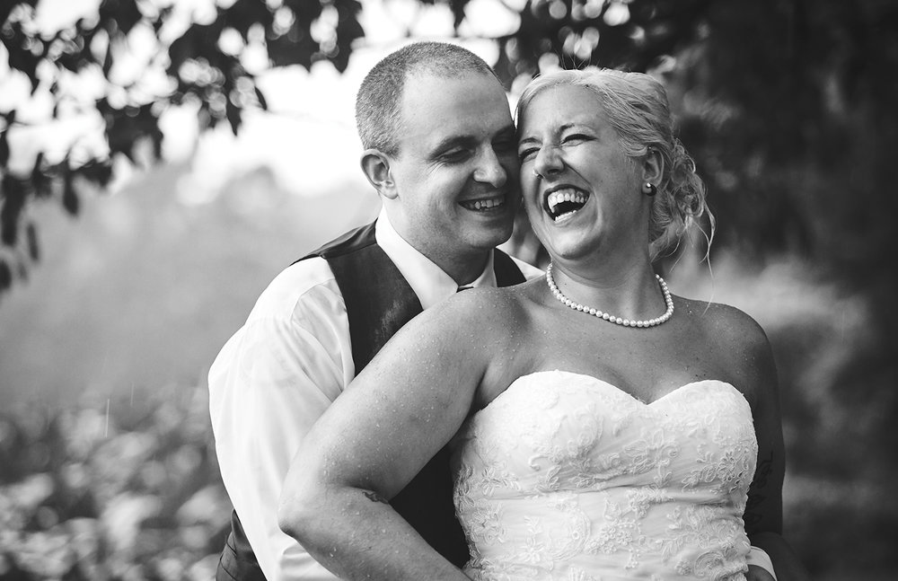 170722_Pennsylvania_RusticBackyardWedding_By_BriJohnsonWeddings_0080.jpg