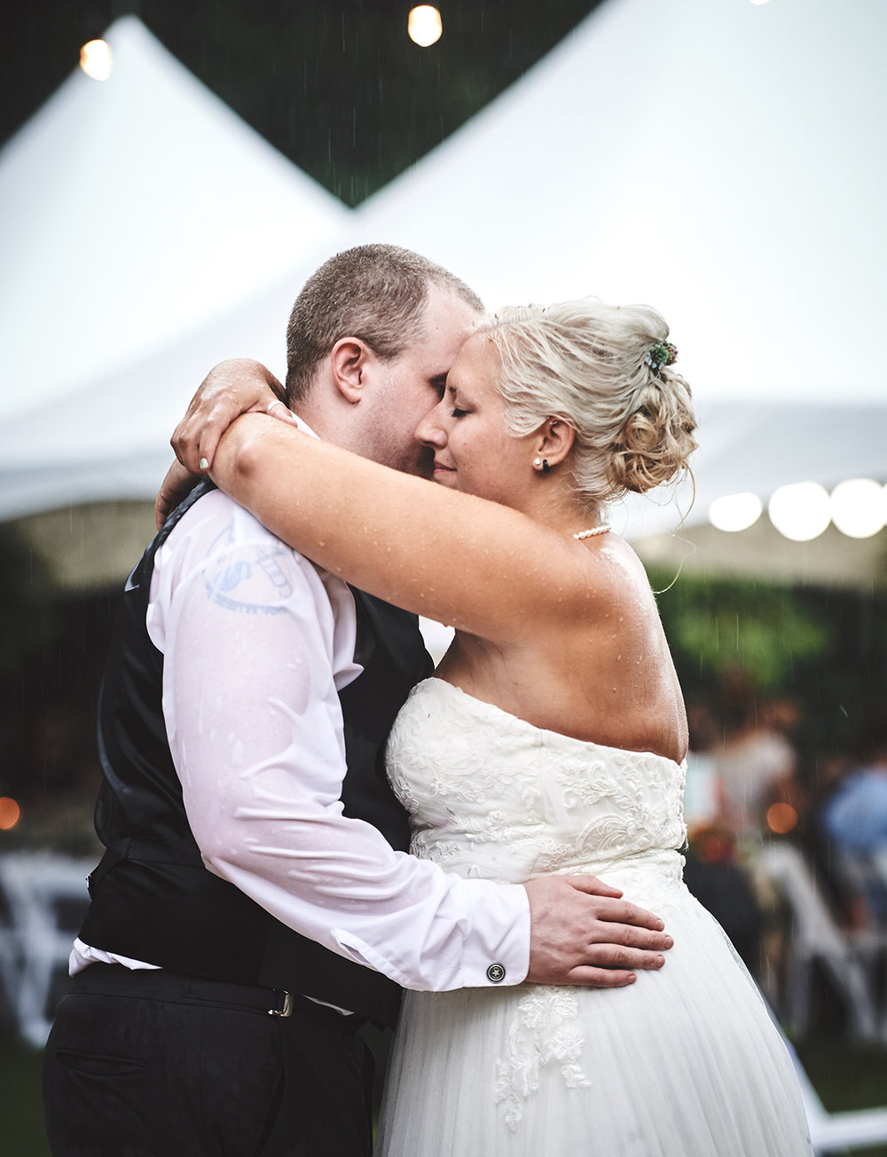 170722_Pennsylvania_RusticBackyardWedding_By_BriJohnsonWeddings_0084.jpg
