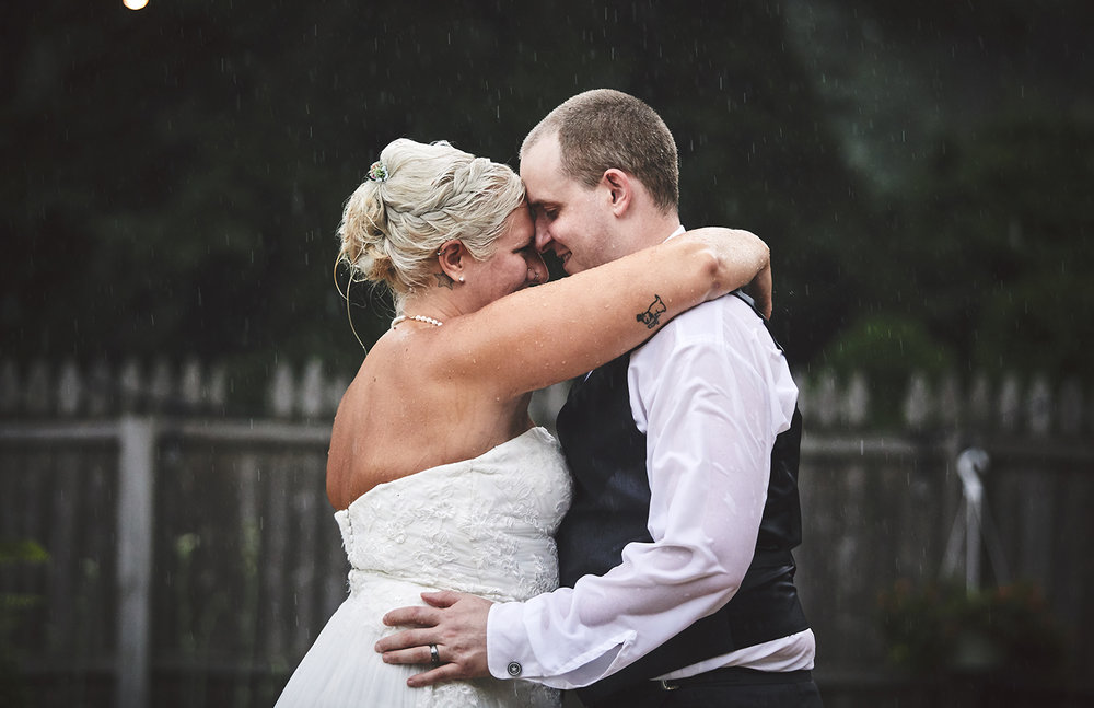 170722_Pennsylvania_RusticBackyardWedding_By_BriJohnsonWeddings_0085.jpg