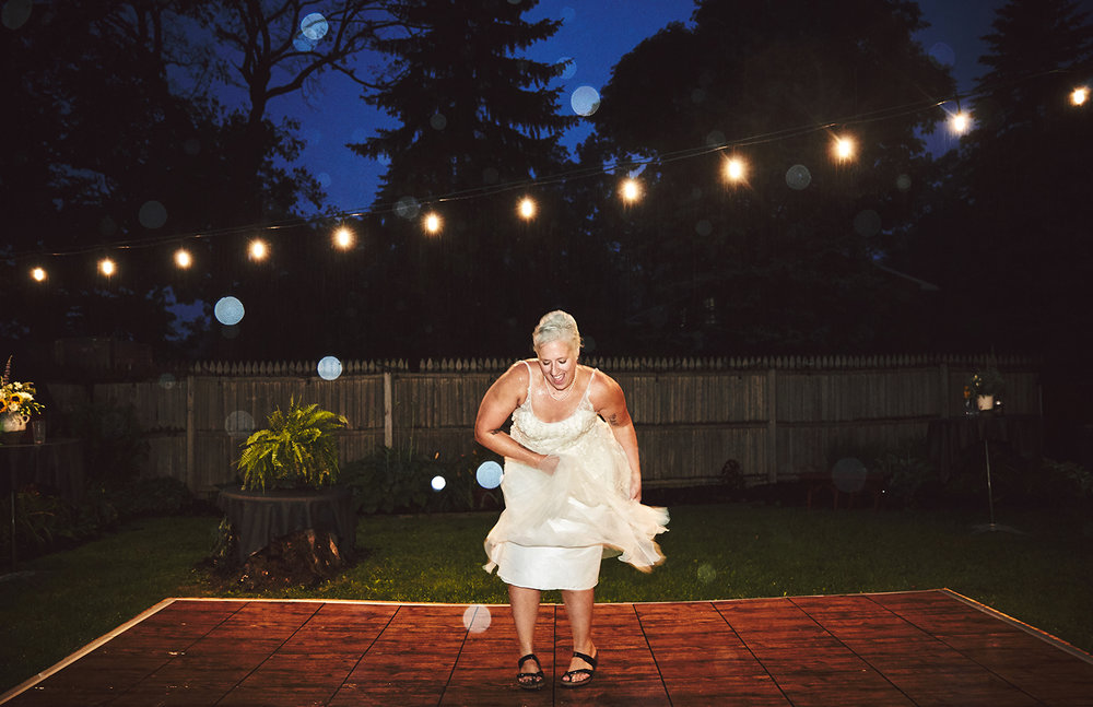 170722_Pennsylvania_RusticBackyardWedding_By_BriJohnsonWeddings_0090.jpg