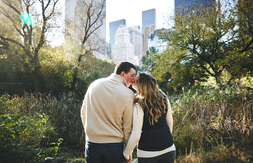 171028_EngagementPhotography_CentralParkEngagement_By_BriJohnsonWeddings_0008.jpg