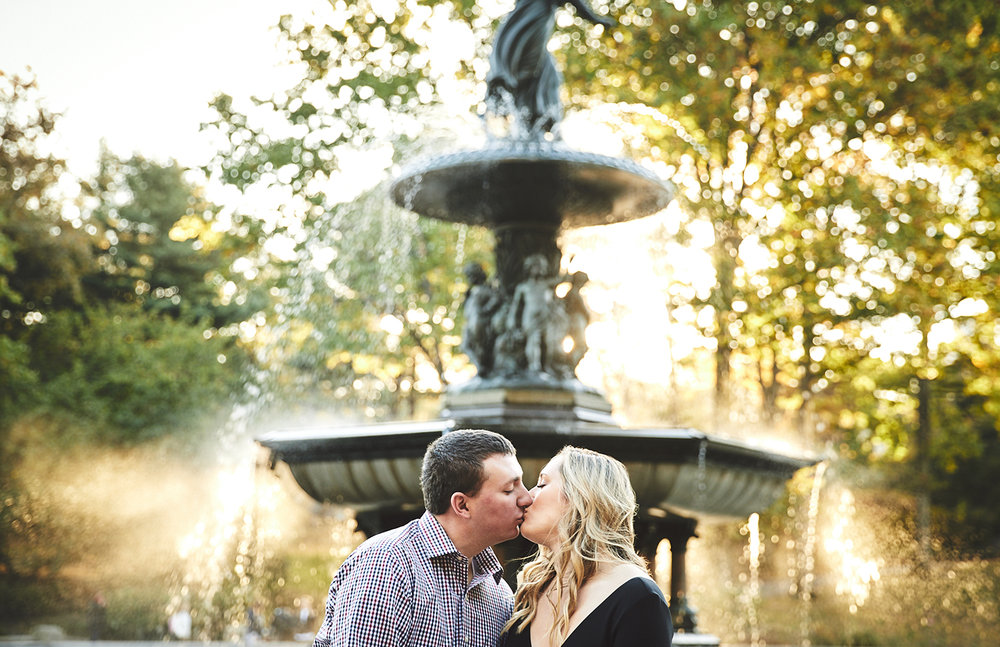 171028_EngagementPhotography_CentralParkEngagement_By_BriJohnsonWeddings_0014.jpg