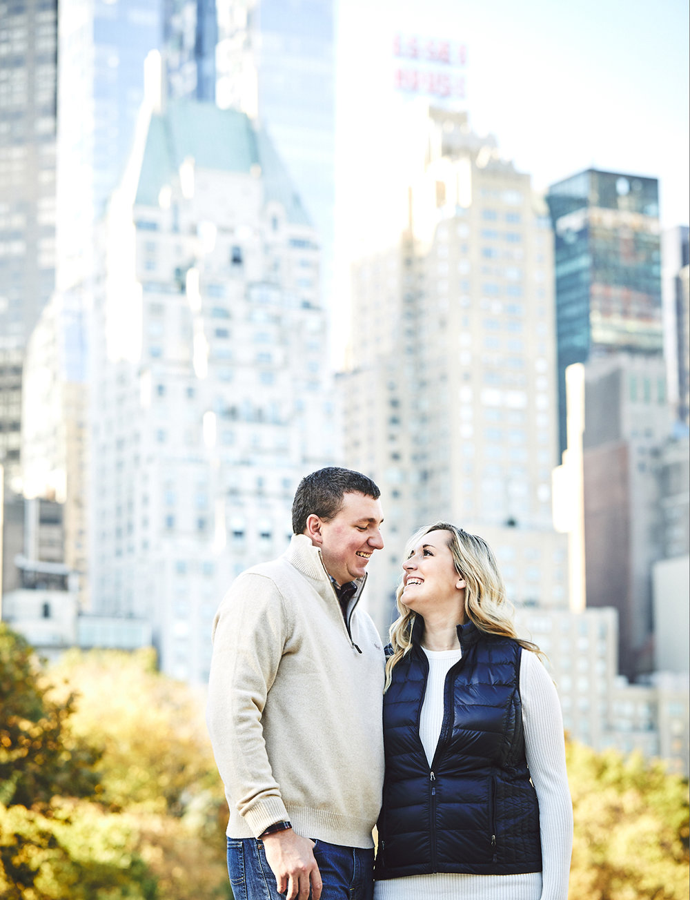 171028_EngagementPhotography_CentralParkEngagement_By_BriJohnsonWeddings_0025.jpg