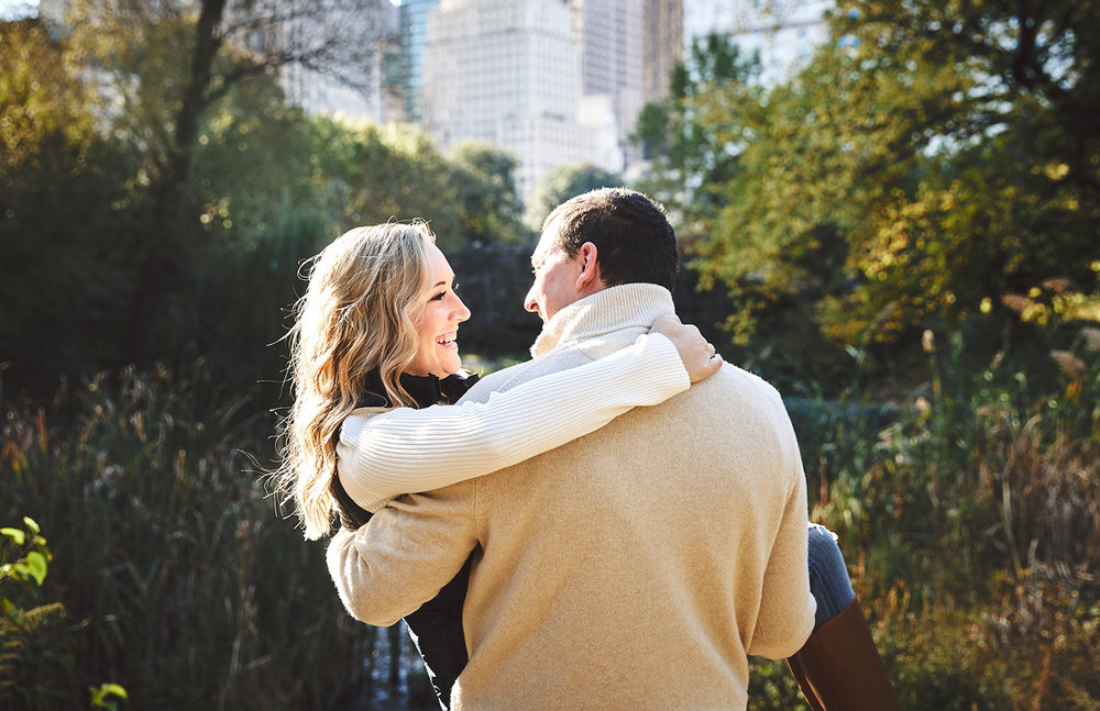 171028_EngagementPhotography_CentralParkEngagement_By_BriJohnsonWeddings_0030.jpg