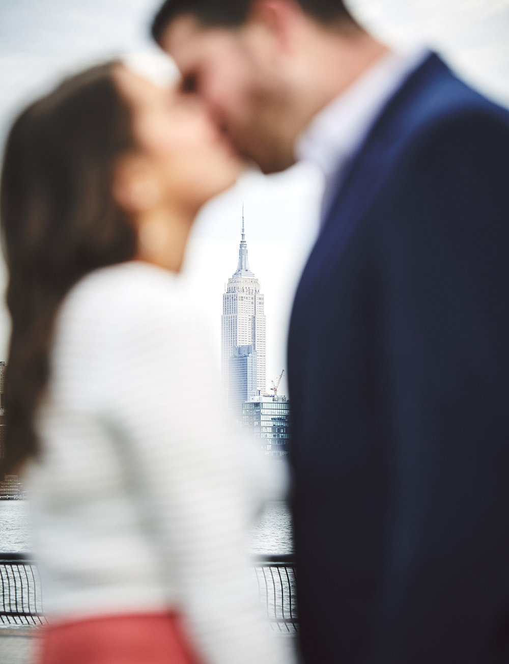 171101_HobokenEngagementPhotography_NYCEngagementPhotography_By_BriJohnsonWeddings_0006.jpg