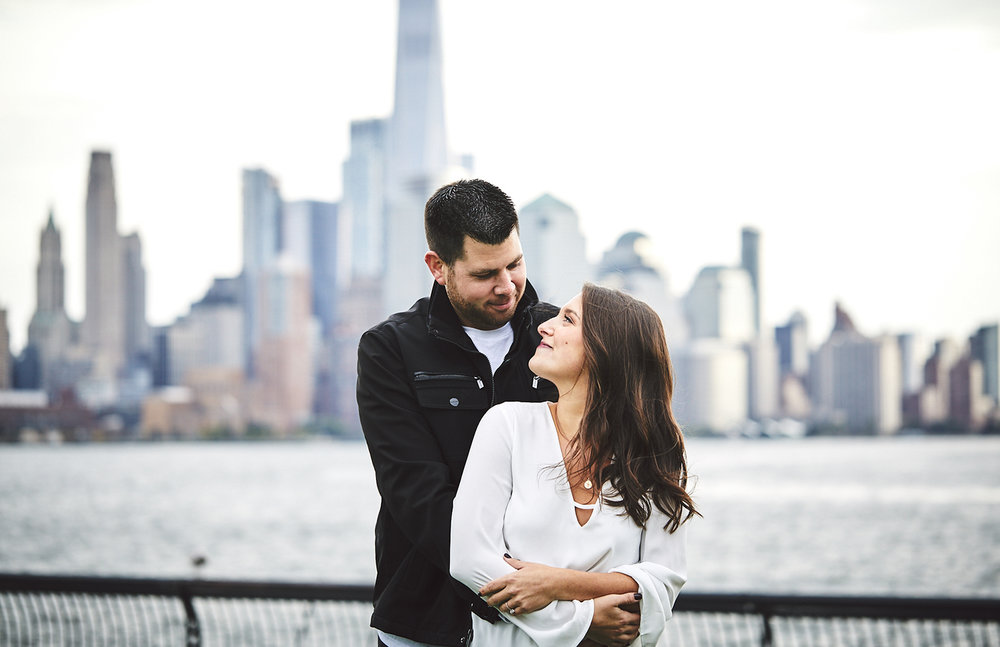 171101_HobokenEngagementPhotography_NYCEngagementPhotography_By_BriJohnsonWeddings_0007.jpg