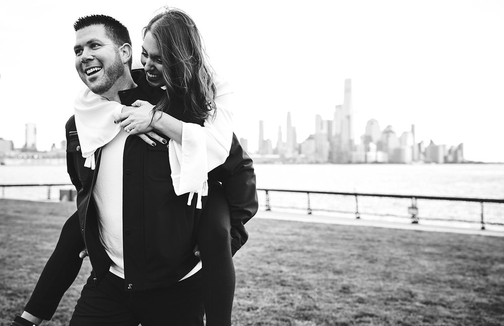 171101_HobokenEngagementPhotography_NYCEngagementPhotography_By_BriJohnsonWeddings_0017.jpg