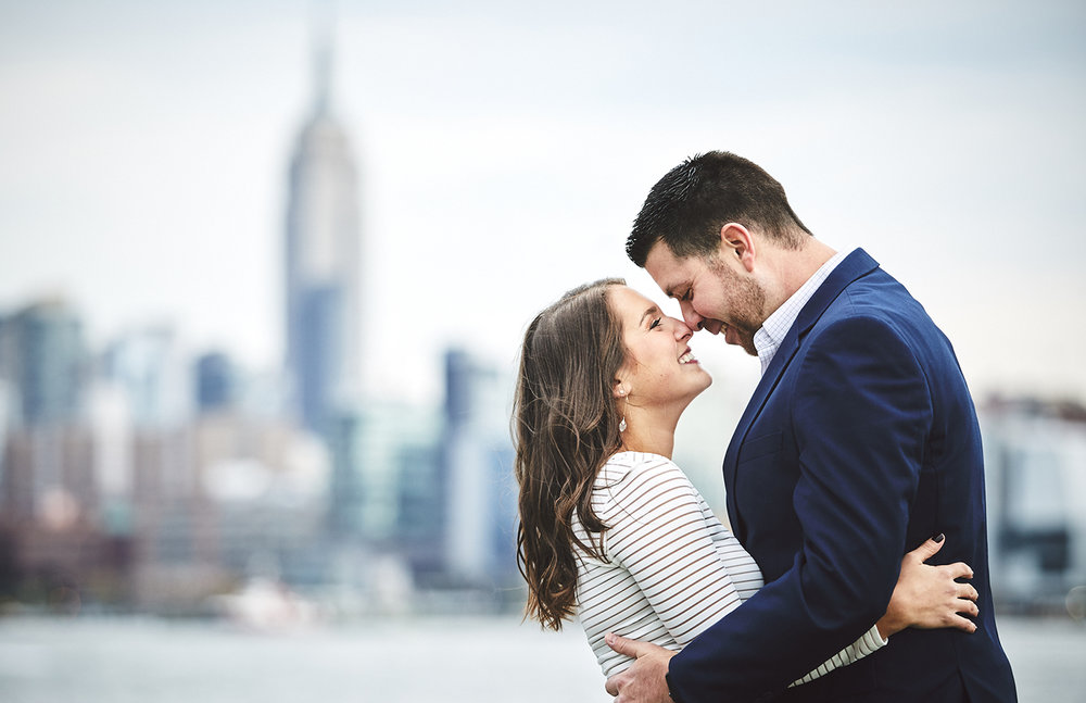 171101_HobokenEngagementPhotography_NYCEngagementPhotography_By_BriJohnsonWeddings_0023.jpg