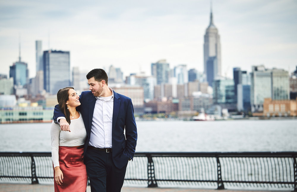171101_HobokenEngagementPhotography_NYCEngagementPhotography_By_BriJohnsonWeddings_0031.jpg