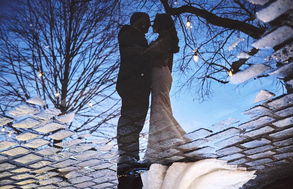 161229_NYCWeddingPhotographer_TheRiverCafeWedding_By_BriJohnsonWeddings_0039.jpg