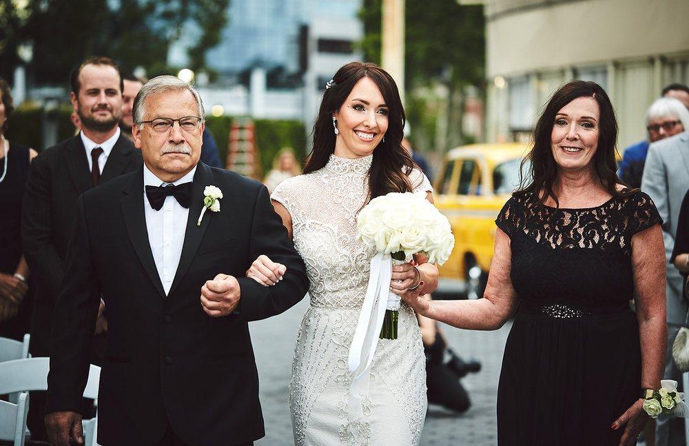 180622_BatteryGardensWeddingPhotography_NYCWeddingPhotographer_BriJohnsonWeddings_0073.jpg