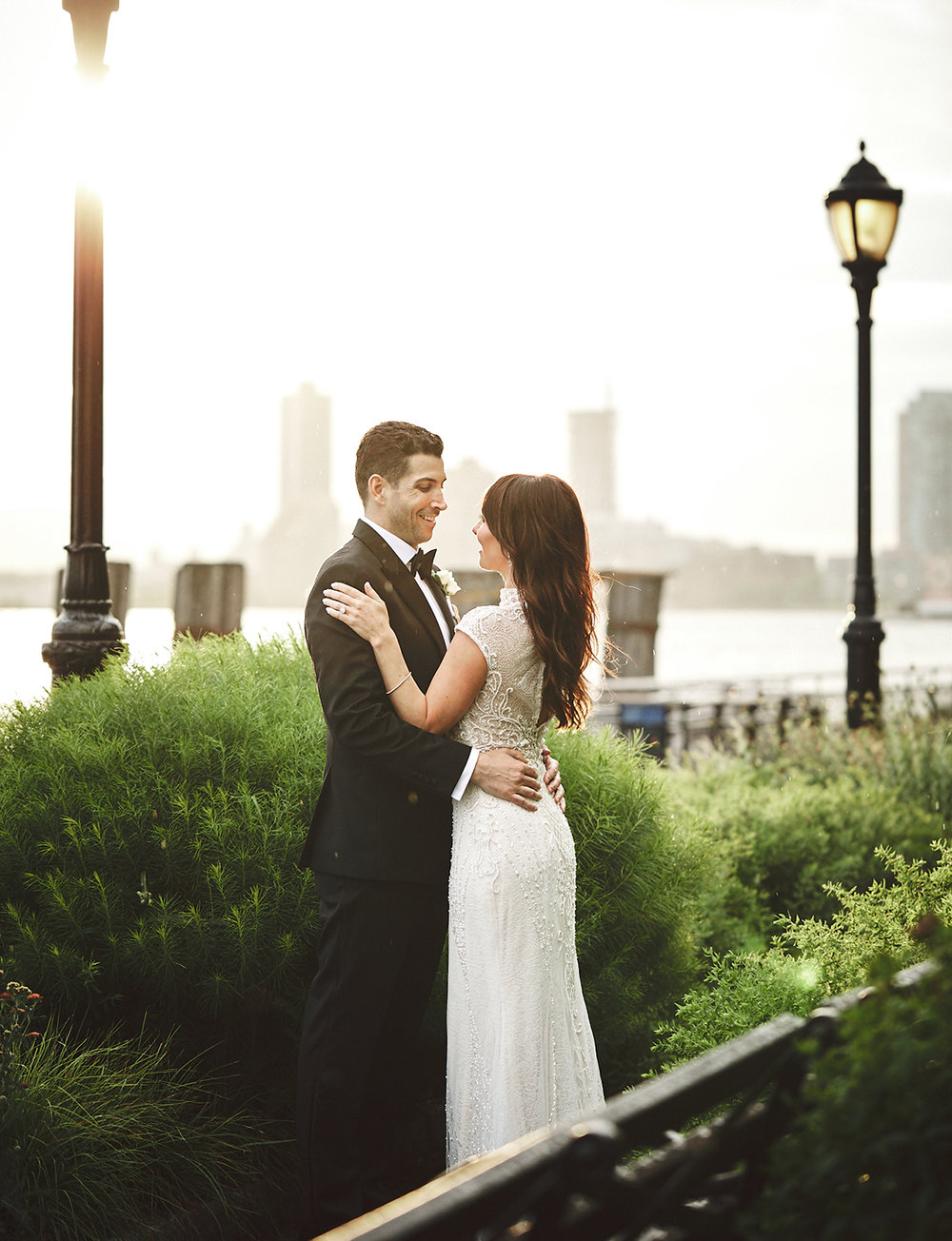 180622_BatteryGardensWeddingPhotography_NYCWeddingPhotographer_BriJohnsonWeddings_0099.jpg