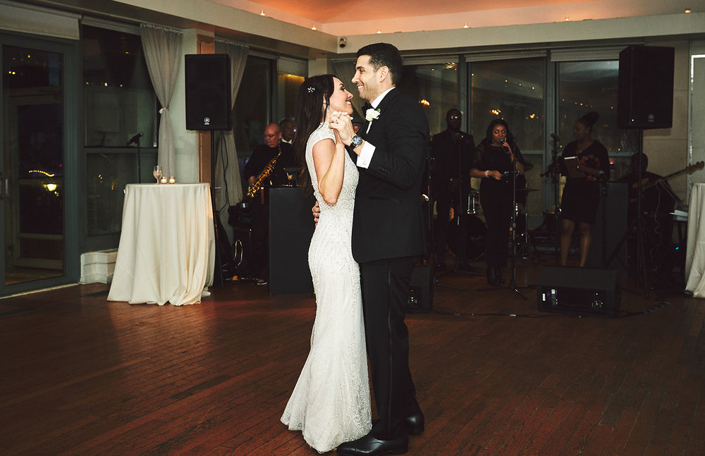 180622_BatteryGardensWeddingPhotography_NYCWeddingPhotographer_BriJohnsonWeddings_0105.jpg