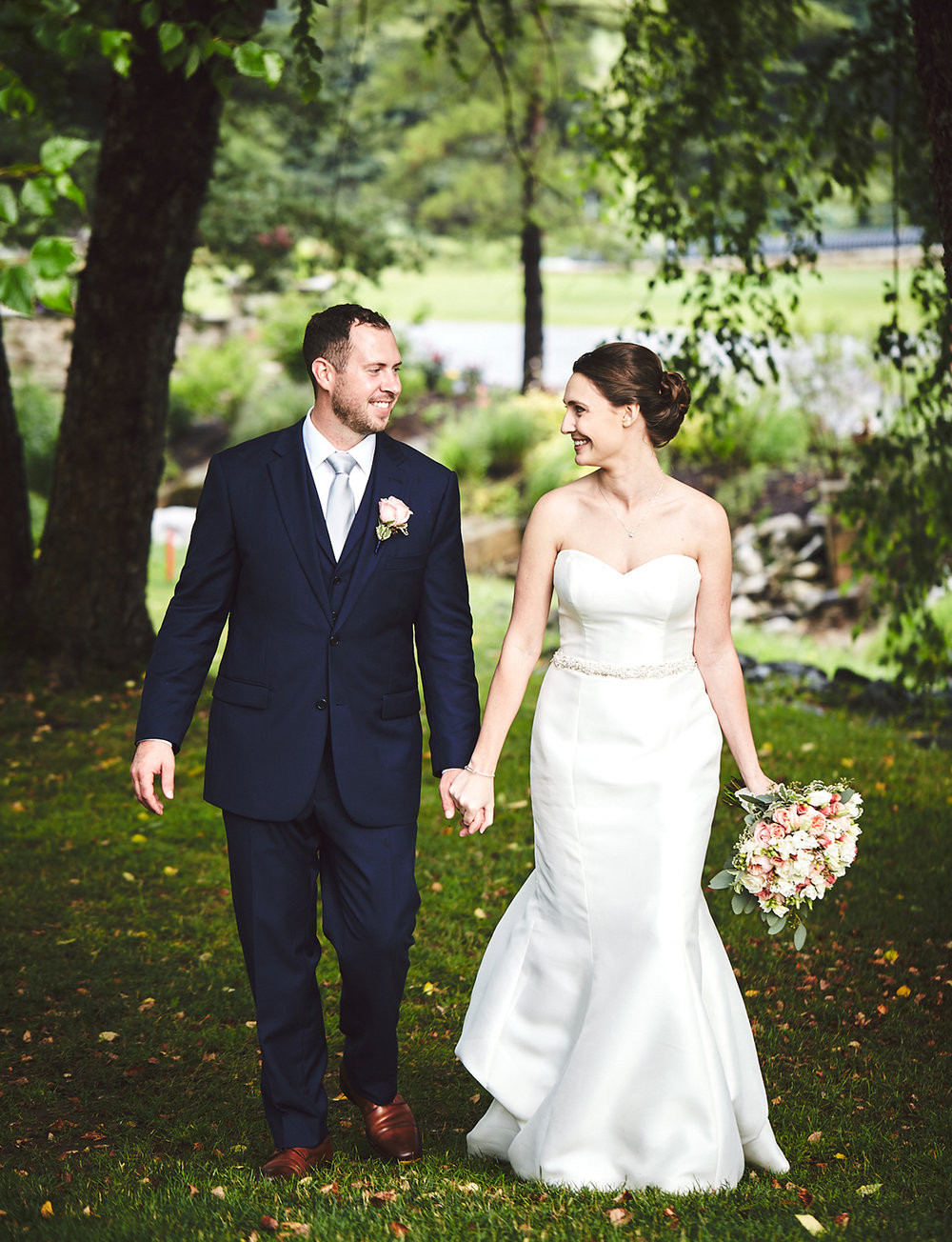 180714_HolidayValleyLodgeWeddingPhotography_By_BriJohnsonWeddings_0110.jpg
