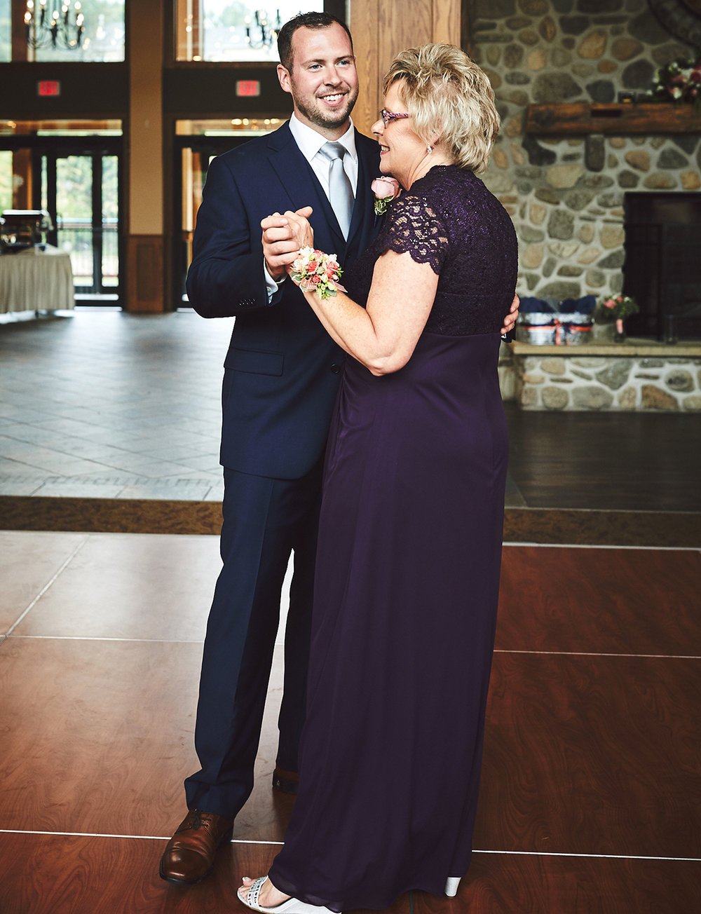 180714_HolidayValleyLodgeWeddingPhotography_By_BriJohnsonWeddings_0140.jpg