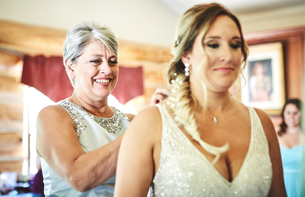 180811_RosebudEstatesWeddingPhotography_WesternNYWeddingPhotographer_By_BriJohnsonWeddings_0048.jpg